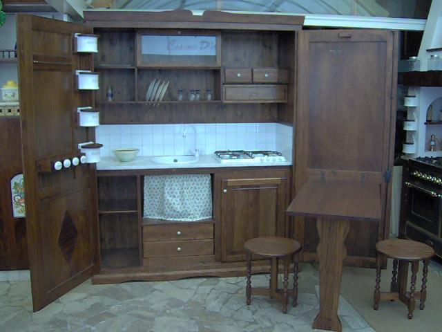 Credenza Cucina Con Vetrina : Cucine roma mobili in legno massello tivoli monterotondo guidonia