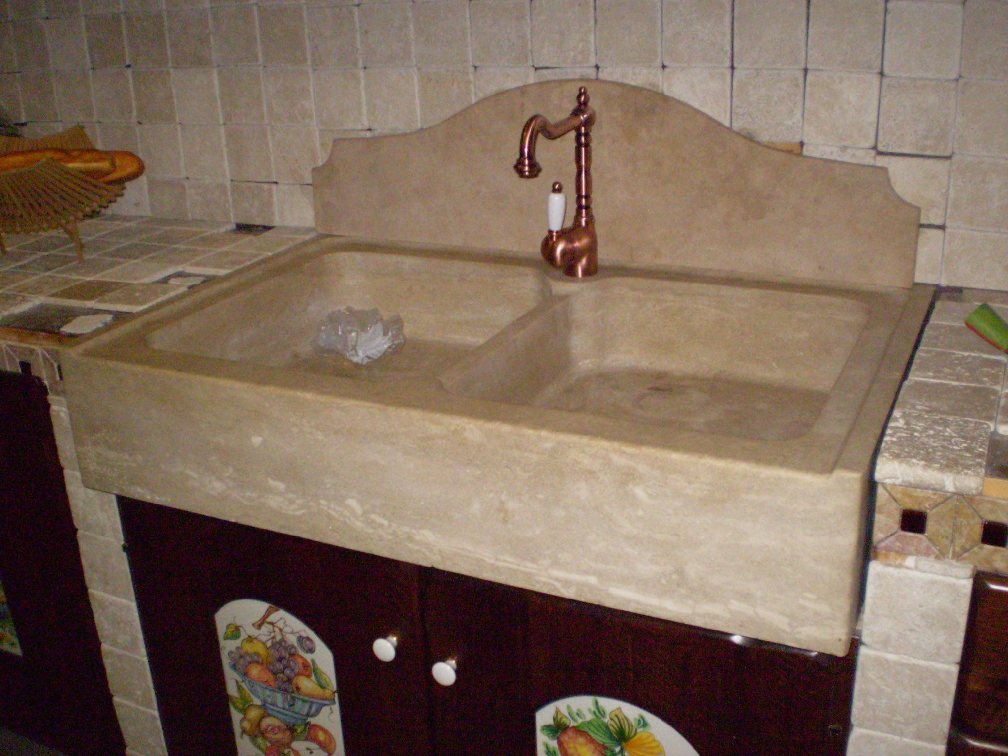 Cucine roma mobili in legno massello roma tivoli - Lavello cucina resina ...