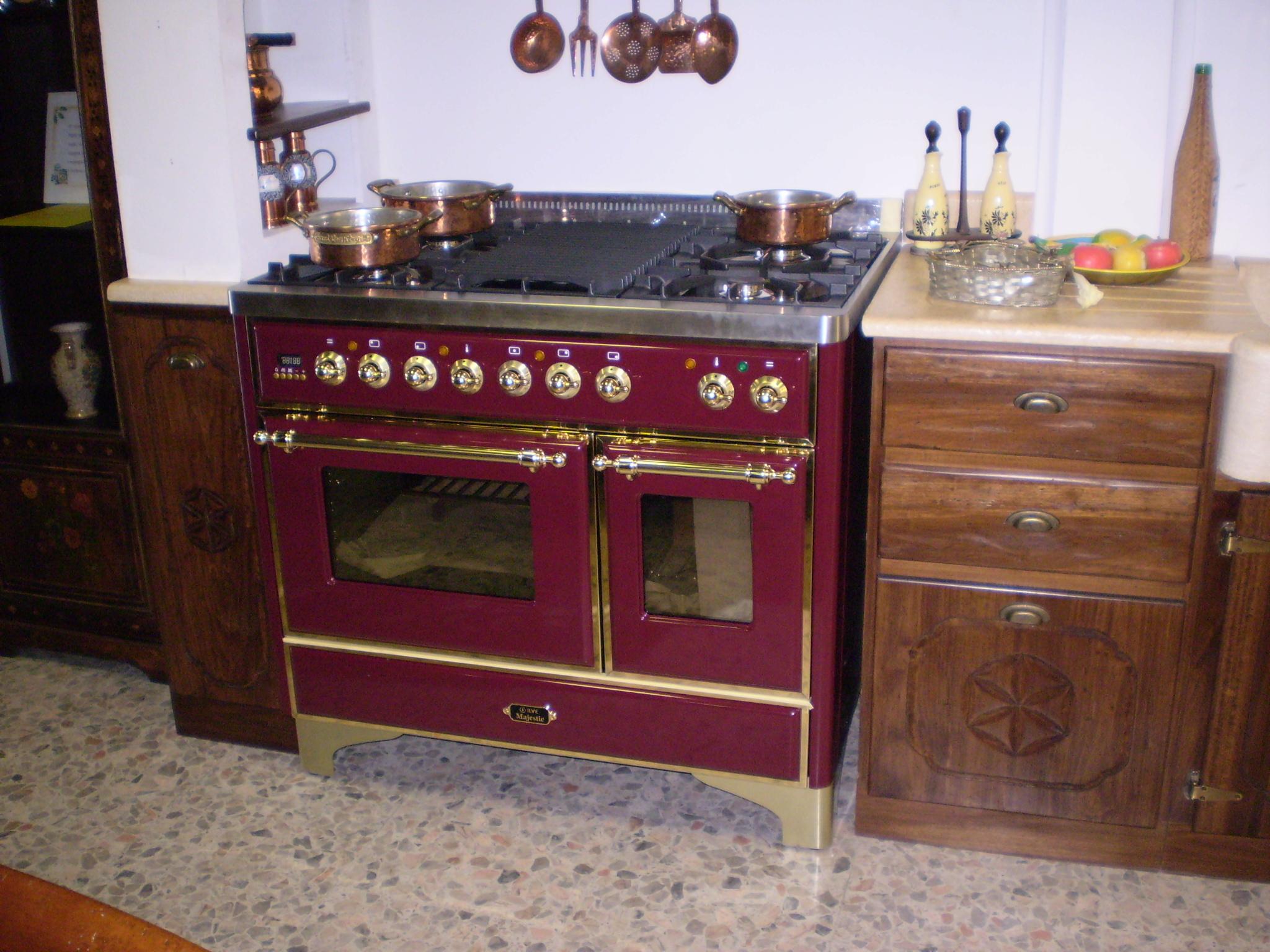 cucina in muratura patinata